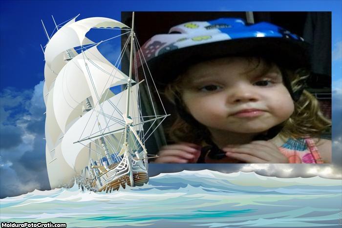 Moldura Barco em Alto Mar