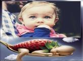 Bebê Morango Moldura