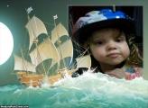 Barco em Mar Agitado Foto Montagem